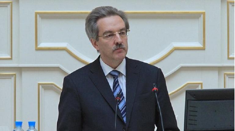Шишлов нашел нарушения с назначением выборов в 12 МО Петербурга