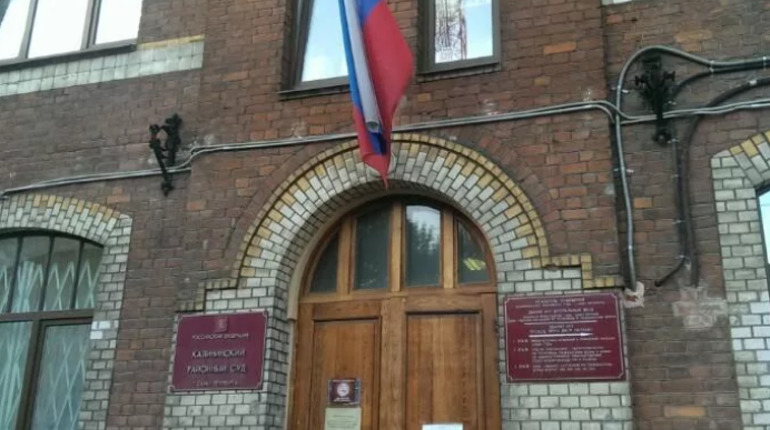 В Калининском районе осудили пятерых разбойников, нападавших на стройплощадки