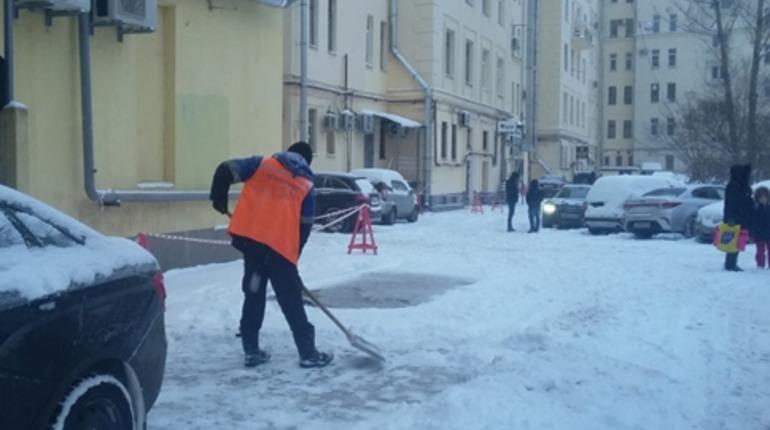 Жилинспекция за неделю начислила штрафов на 2,5 млн за плохую уборку снега