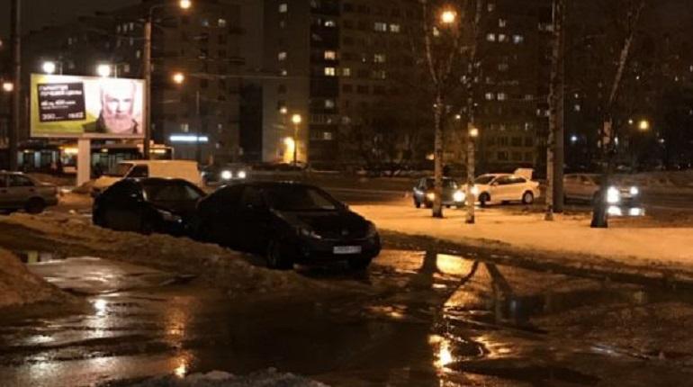 Авария на проспекте Ветеранов. Фото: ДТП и ЧП Санкт-Петербург