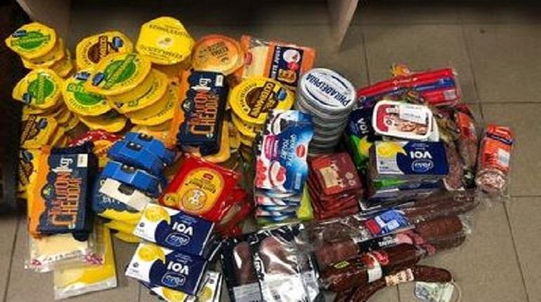 В Московском районе Петербурга изъято более центнера «запрещенных» мясных и молочных продуктов. Фото: http://www.ursn.spb.ru
