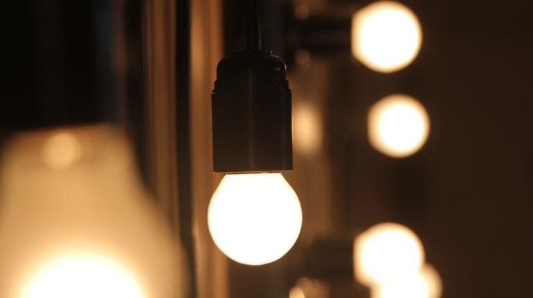 Ночью на «Елизаровской» отключилось уличное освещение