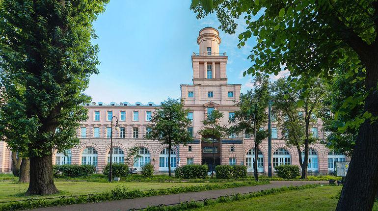 Лекции в Университете ИТМО будут проходить в «гибридном» формате