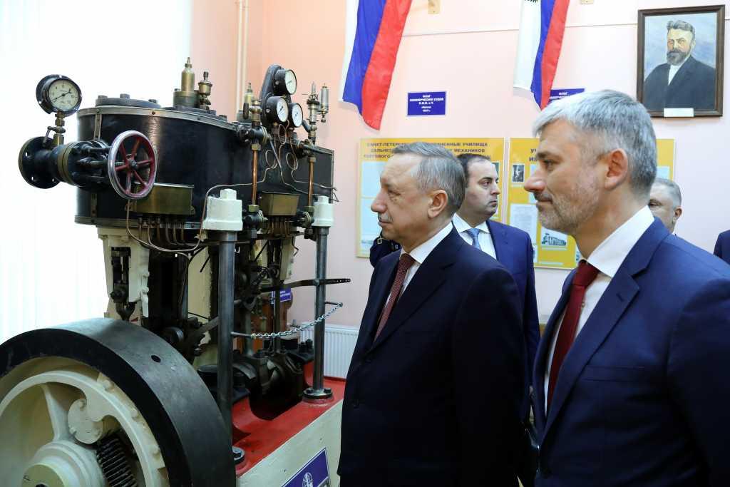 Глава Минтранса РФ и Беглов посетили Университет морского и речного флота