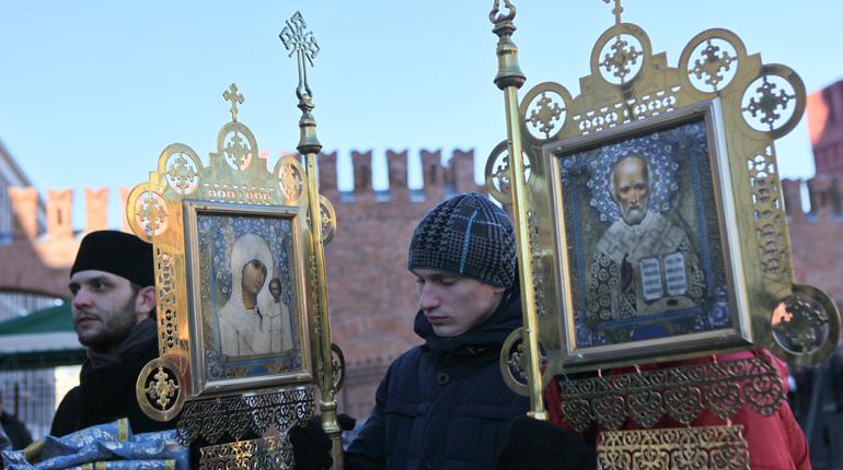 Молодежный Крестный ход в Петербурге. Фото: Baltphoto/ Ирина Мотина