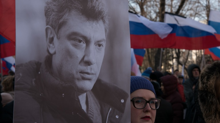 Как в России проходят акции памяти Бориса Немцова
