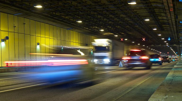 Минтранс предлагает ужесточить санкции за превышение скорости. Фото: Baltphoto