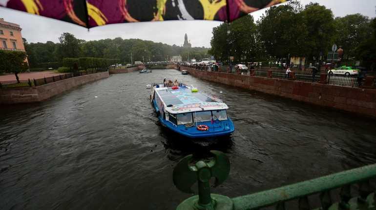 Сезон навигации открыт: в Петербург вернулись речные трамвайчики