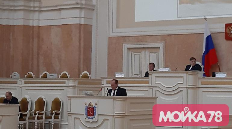 Рублевский назвал способ очистить Петербург от снега