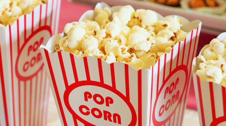 Netflix запустил рейтингпопулярных фильмов и сериалов