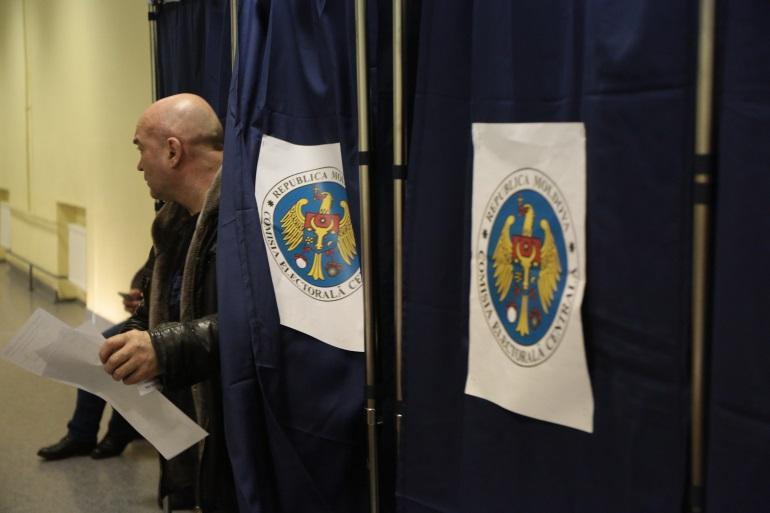 Явка на втором туре выборов президента Молдавии превысила 50%