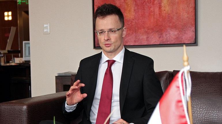 Глава МИД Венгрии Петер Сийярто. Фото: Википедия