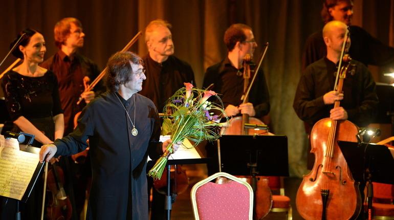 Заразившийся COVID-19 Юрий Башмет не выступит в Петербурге