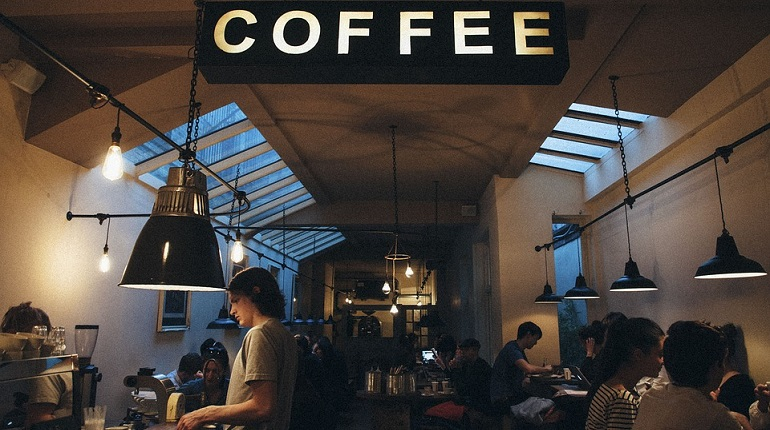 Бизнесмены-хипстеры в Петербурге выбирают кофейни и смузи-бары