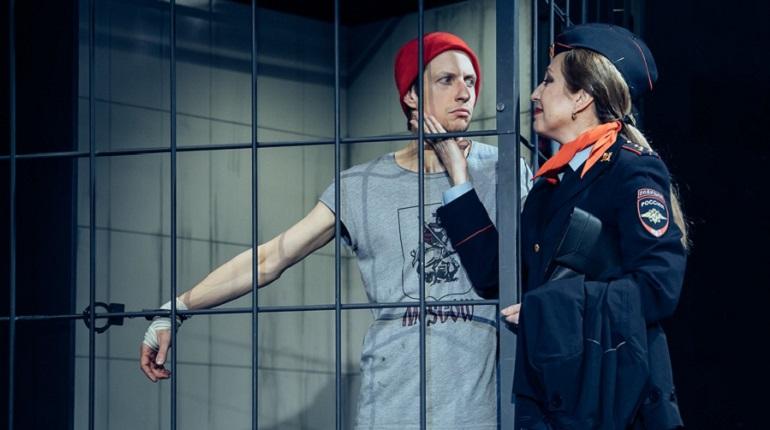 В театре «Приют комедианта» покажут спектакль «Человек из Подольска»