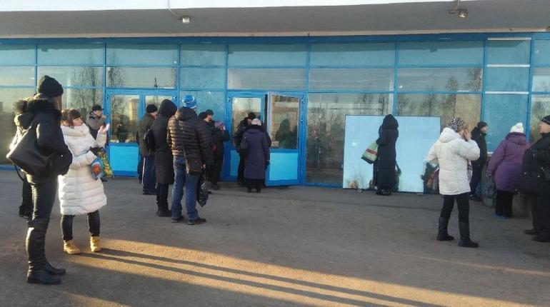 Эвакуация из Елизаветинской больницы. Фото: vk.com/spb_today