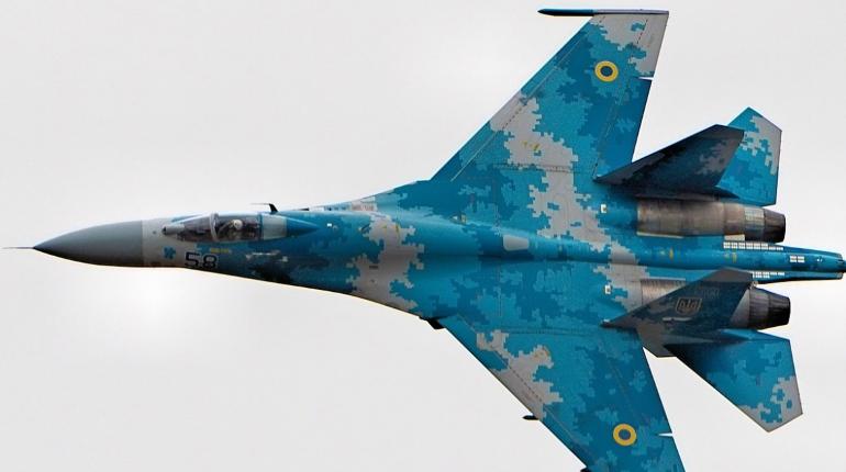 Украина жалуется на отток летчиков в Россию