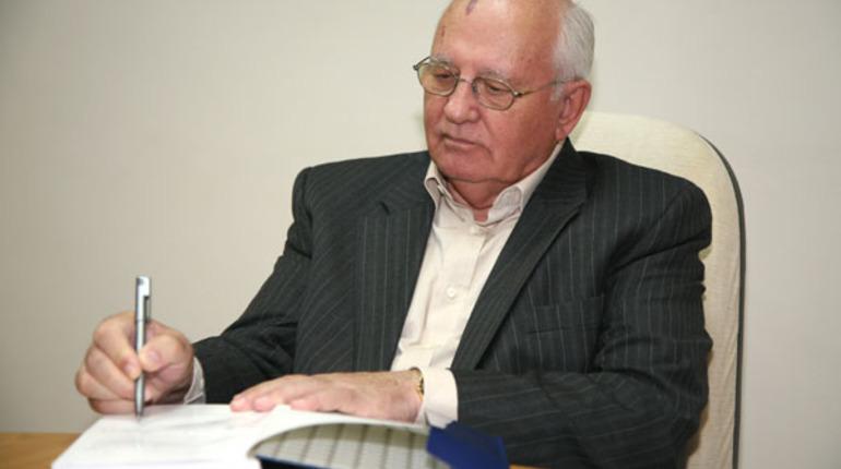 Путин поздравил Горбачева с 90-летием и оценил его вклад в историю
