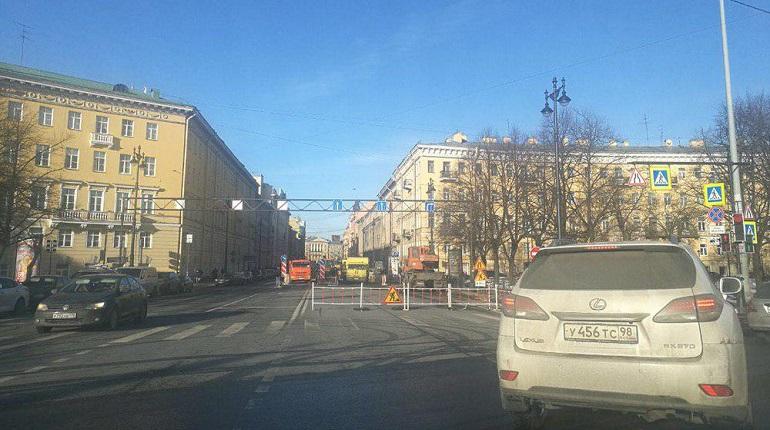 Московский проспект перекрыли. Фото: Аварийный Петербург