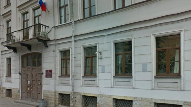 Суд оштрафовал СЗИУ РАНХиГС за потерю диплома выпускника Эйвазова