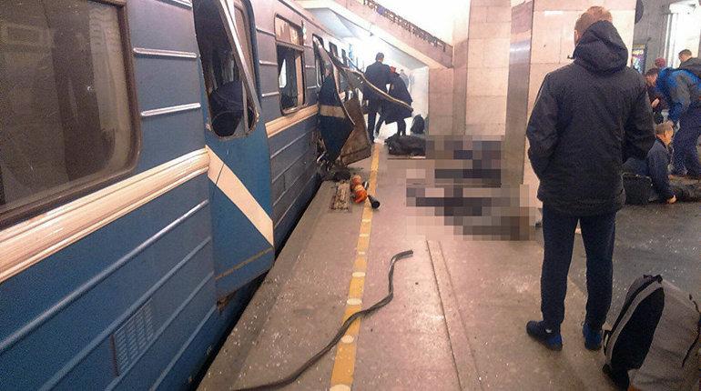 Теракт в метро Петербурга 3 апреля 2017 года. Фото: vk.com/spb_today