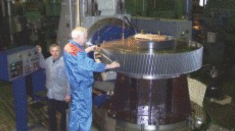 В Петебурге выставили на продажу завод «Звезда-Редуктор»