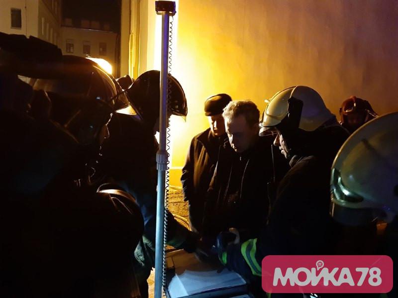 На месте обрушения в ИТМО работает МЧС. Фото: Мойка78