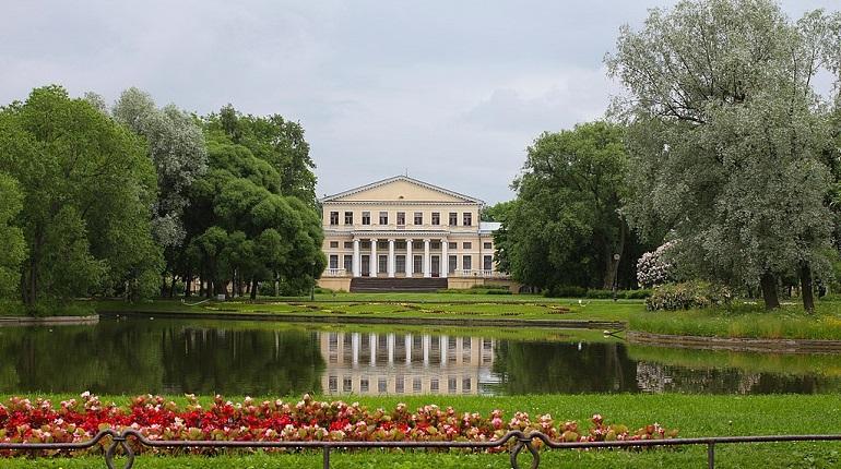 Девять садов в Петербурге закрыли на весеннюю просушку