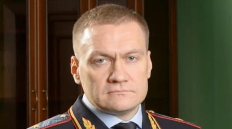 Адвокаты Петербурга требуют от Плугина вознаграждения по закону