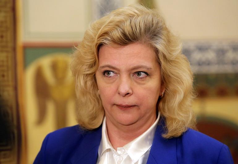 В Петербурге хотят платить 19-летним мамам за первенцев
