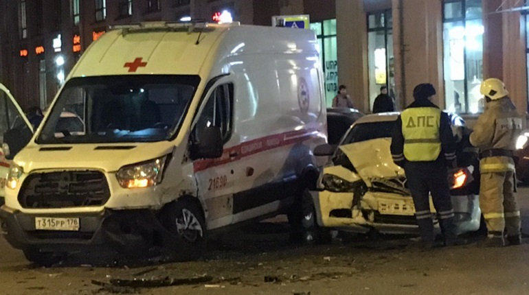 ДТП произошло на проспекте Медиков. Фото: