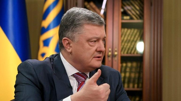 Порошенко хочет успеть подписать закон об украинском языке