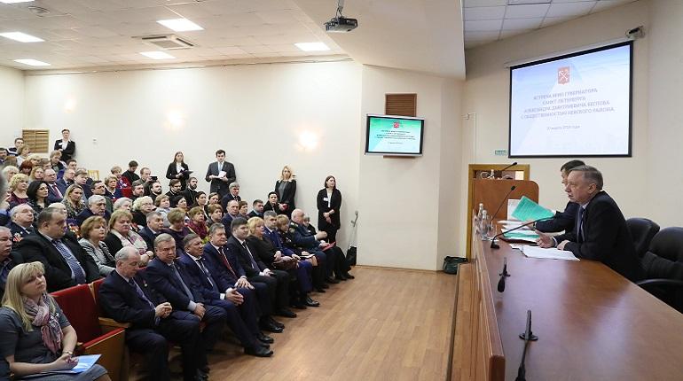 Беглов пообещал вовремя открыть школу на Нерчинской