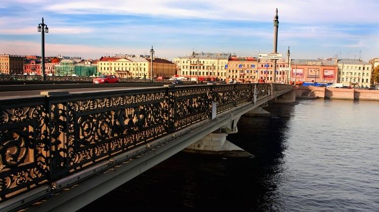 Благовещенский мост. Фото: Baltphoto/ Рафаэль Карапетян