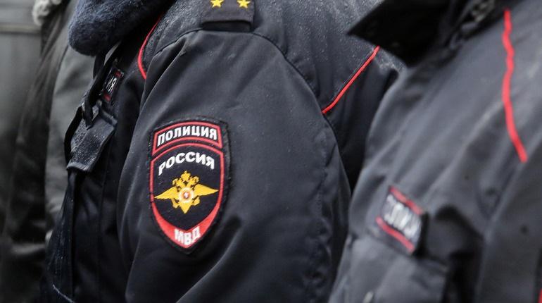 В Петербурге майор юстиции оказалась в наручниках из-за муляжной взятки