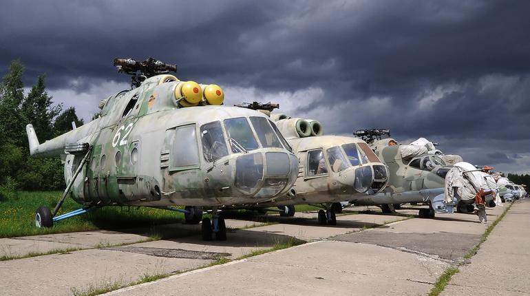 На поиски петербуржцев в Белом море направили вертолет