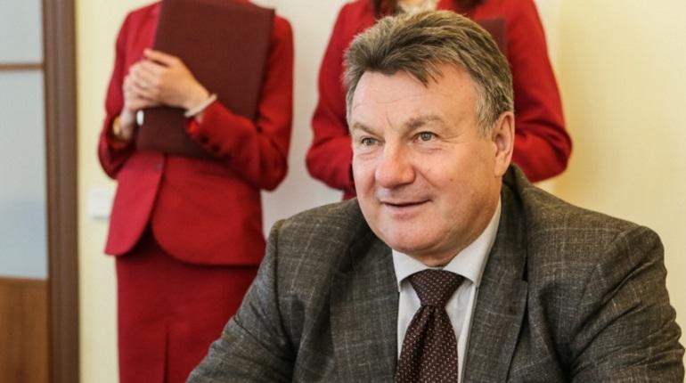 Абросимов оценил инвестиционный климат в Петербурге на «троечку»