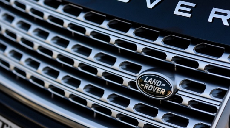 У петербуржца украли Land Rover за 2,6 млн рублей