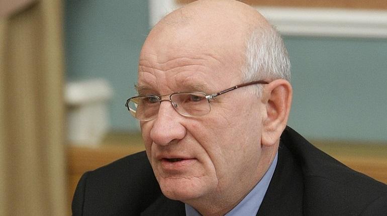 Губернатор Оренбургской области Берг попросил об отставке