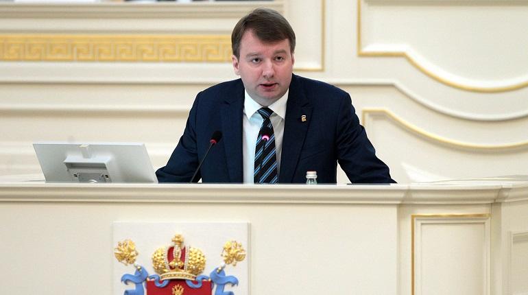 Депутаты Петербурга расширяют список мест с запретом парковки машин