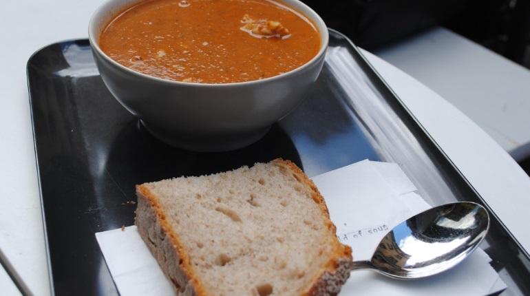 Заставившую голодать детей петербурженку наказали штрафом