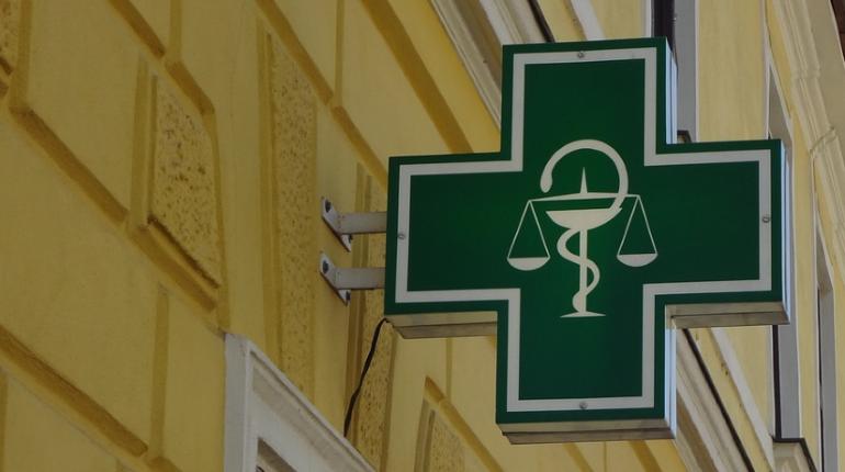 Аптеки Петербурга могут перейти на продажи онлайн