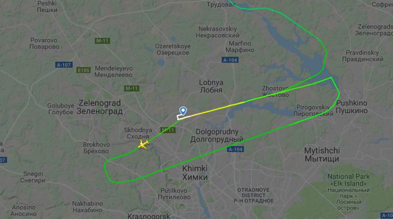 Самолет из Петербурга сел в Москве лишь со второго раза