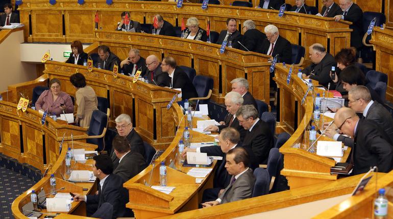 Слишком длинно: Депутат Ленобласти предложил переименовать Санкт-Петербург