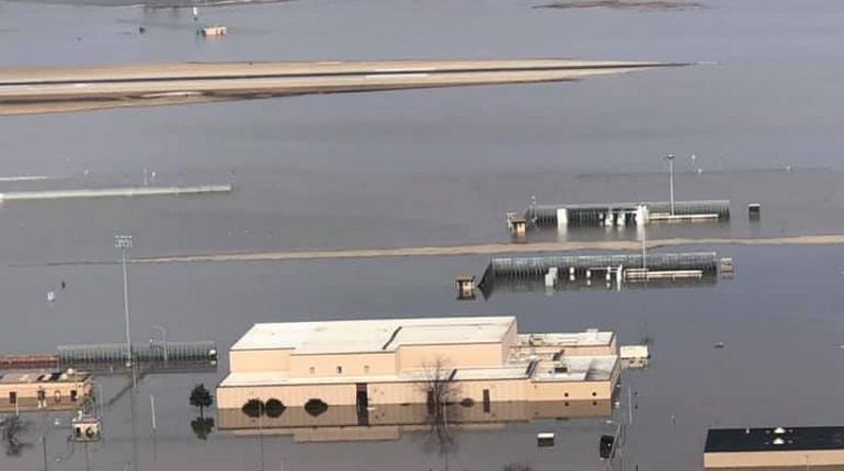 В США затопило базу с «самолетами судного дня»