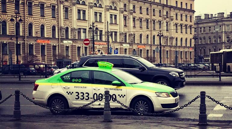 «ТаксовичкоФ» откроет в Петербурге курьерский сервис