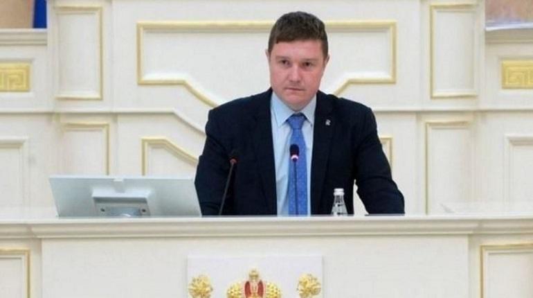 Депутат ЗакСа Цивилев пропустил два заседания из за подозрения на COVID-19