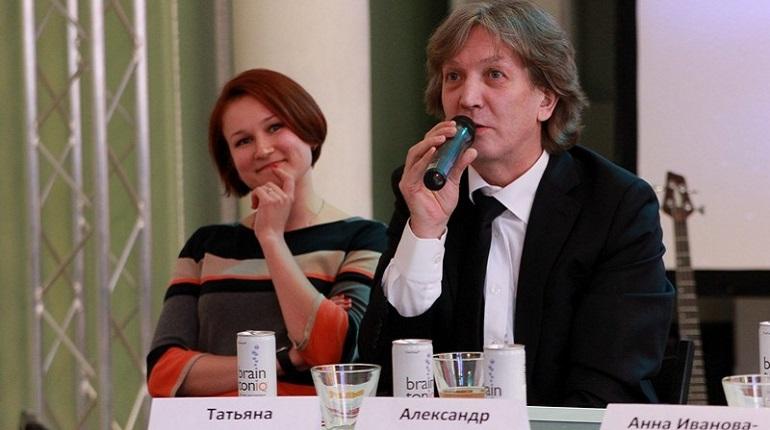 Директор Большого театра кукол Александр Калинин. Фото: соцсети