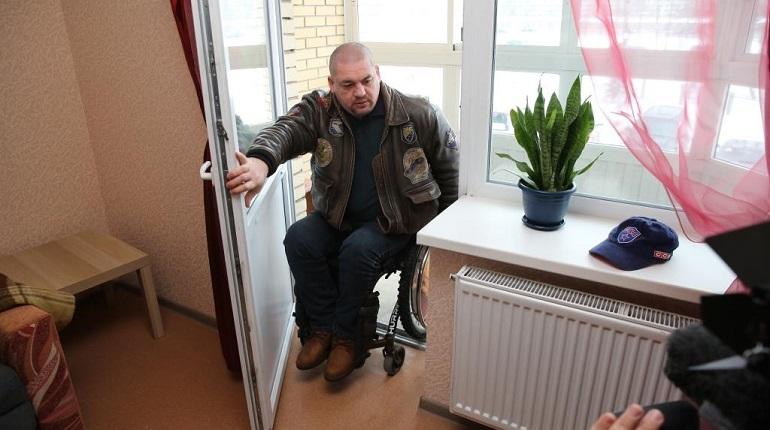 Следственный комитет продолжает помогать лишившемуся квартиры ветерану из Петербурга