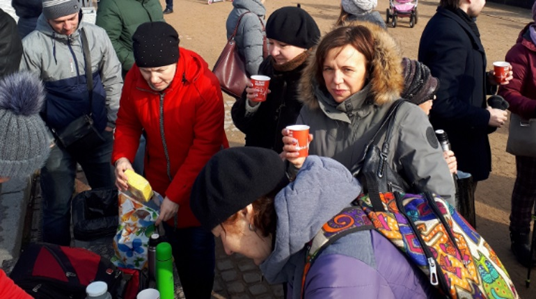 Чаепитие на площади